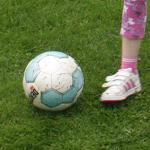 Gibt es eigentlich einen Verein, der rosa-hellblau als Vereinsfarben hat?