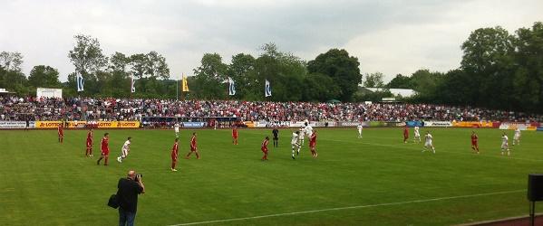 Fast 3000 Zuschauer beim VfV Borussia 06 Hildesheim